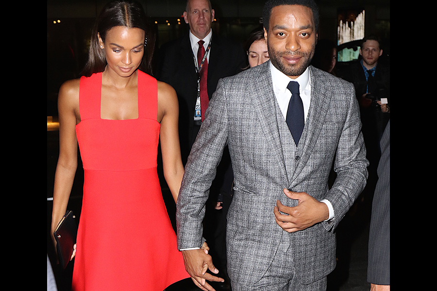 Chiwetel Ejiofor And His New Black Girlfriend Engage In ... |Chiwetel Ejiofor Married