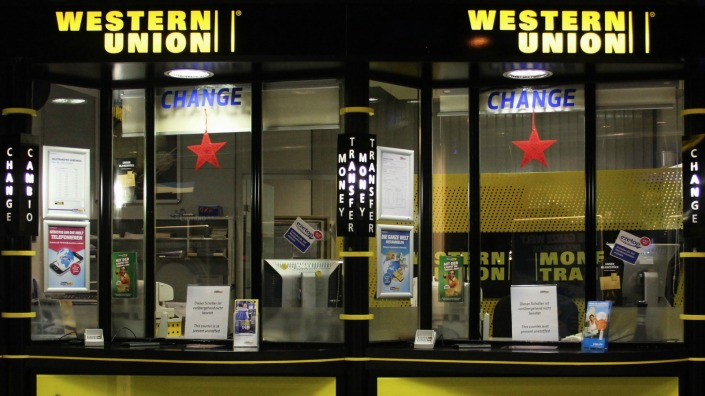 western-union-desk-at-munich-airport
